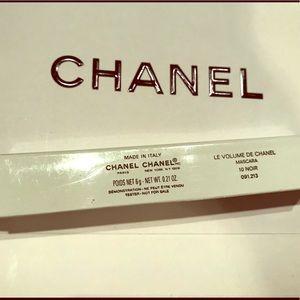 Chanel le volume mascara new in box (tester)